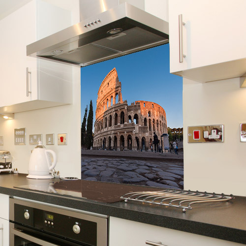 Colosseum in Rome_526756273_splashback