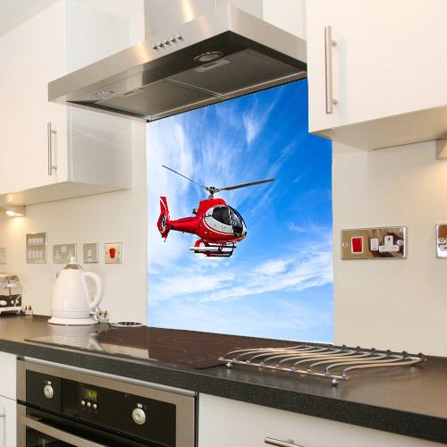Helicopter_561359986_splashback