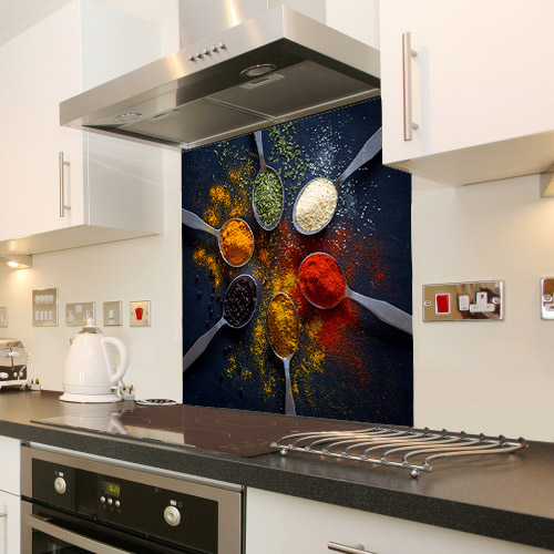 Spices and herbs_368704574_splashback